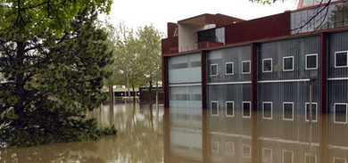 The U of I's Art Building West during the 2008 flood.